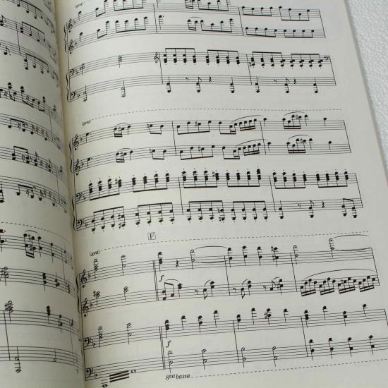 DeeMo - Piano Music Score Book