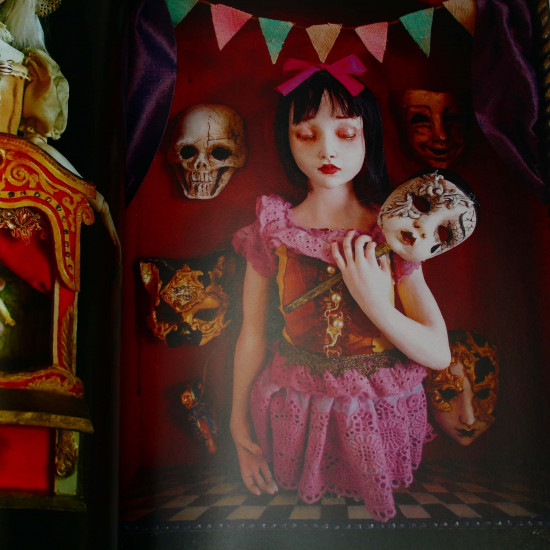 Mari Shimizu - Dolls Collection - Wonderland